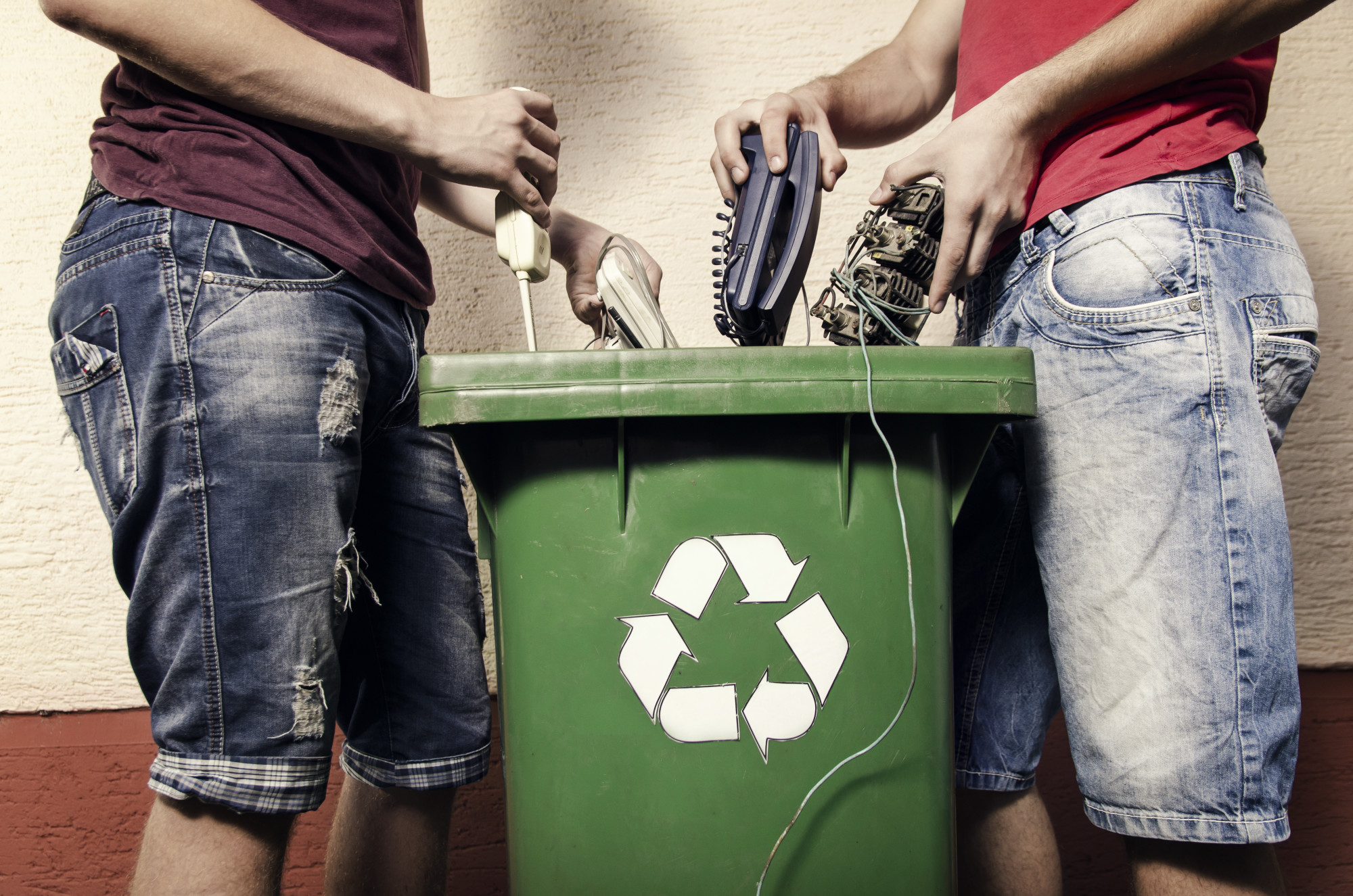 How Electronic Recycling Can Help Your Business